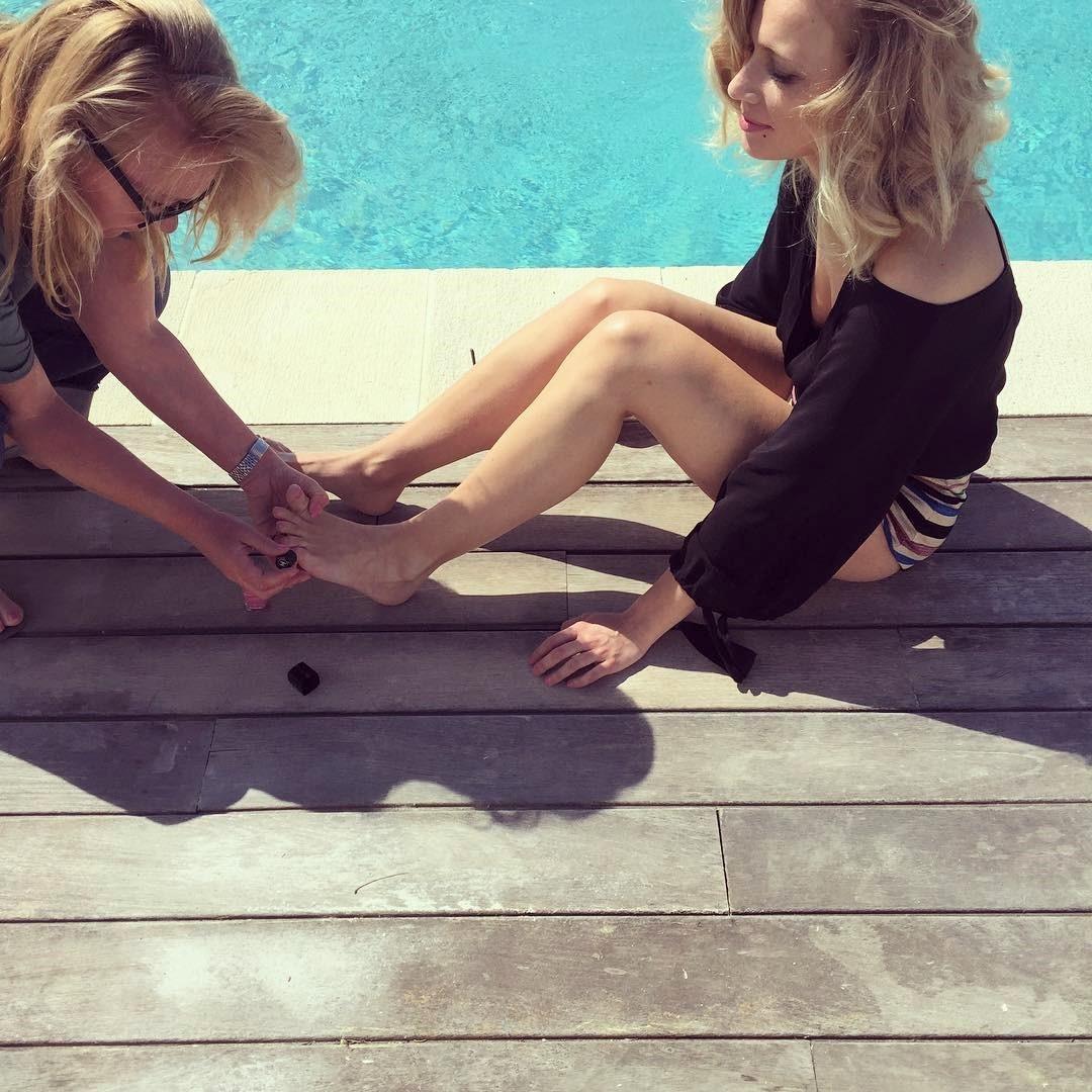 Feet Jennifer Hoffman nude photos 2019