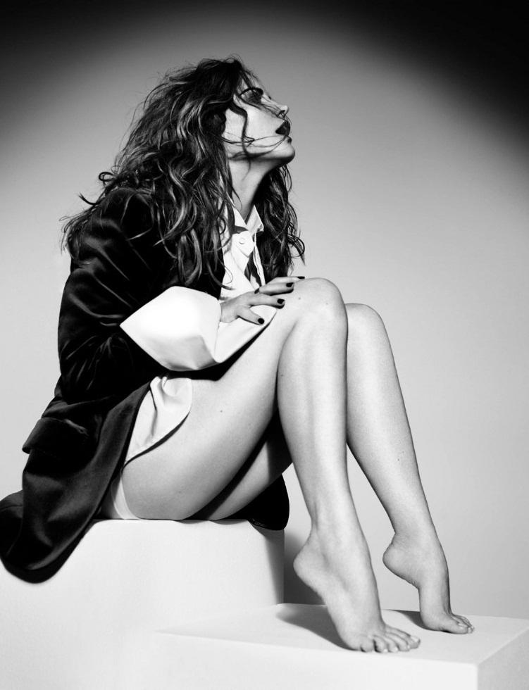 Jennifer Jason Leigh Feet