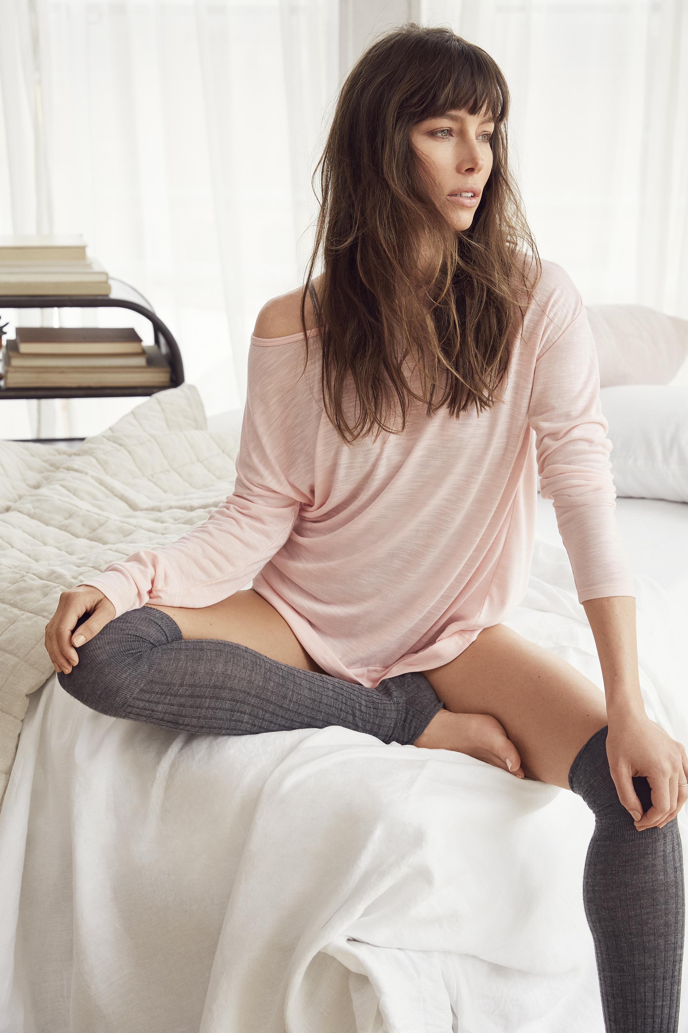 Jessica Biel's Feet Jessica Biel