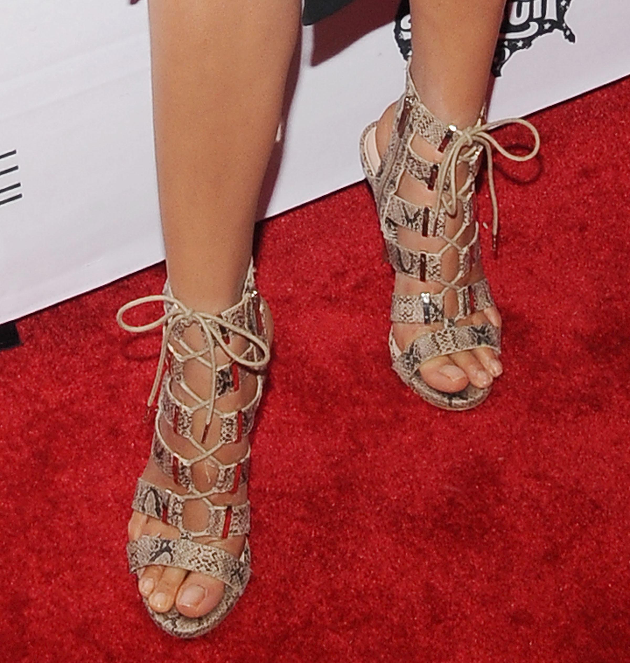 jessica gomes feet