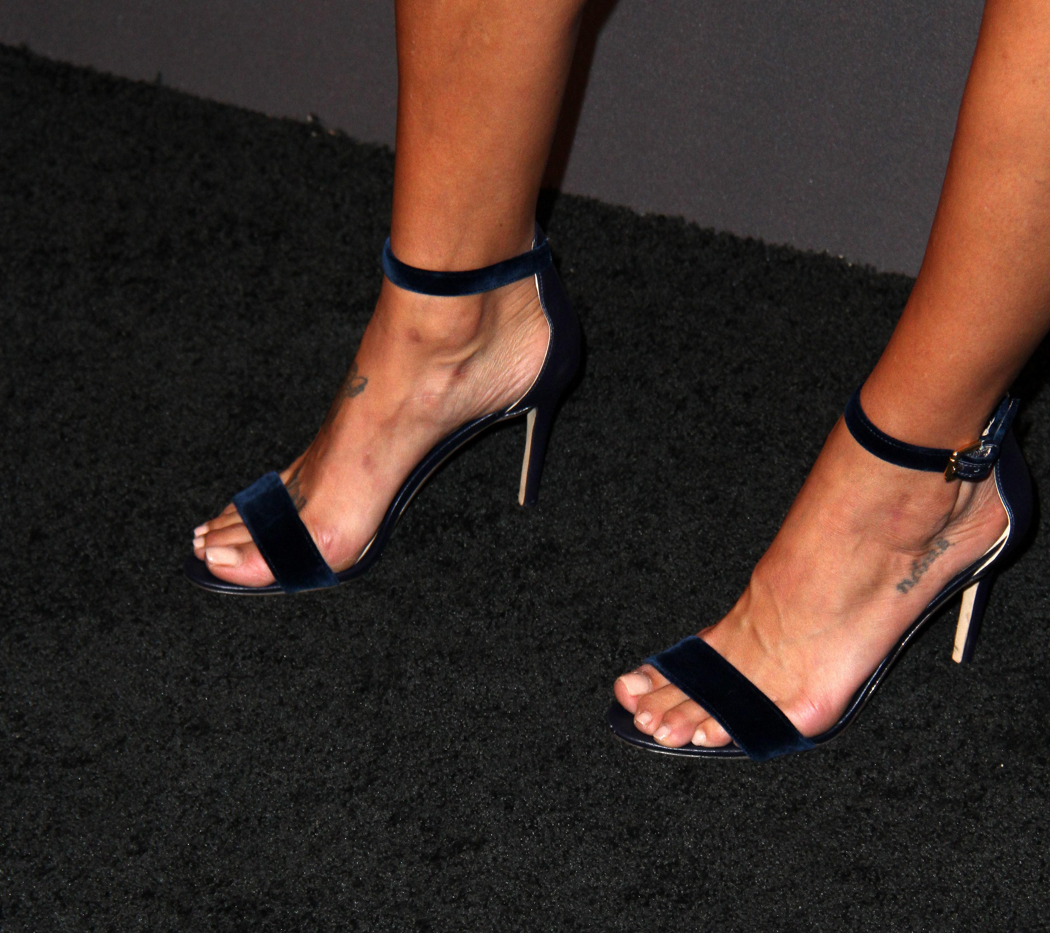Jessica Szohr s Feet wikiFeet
