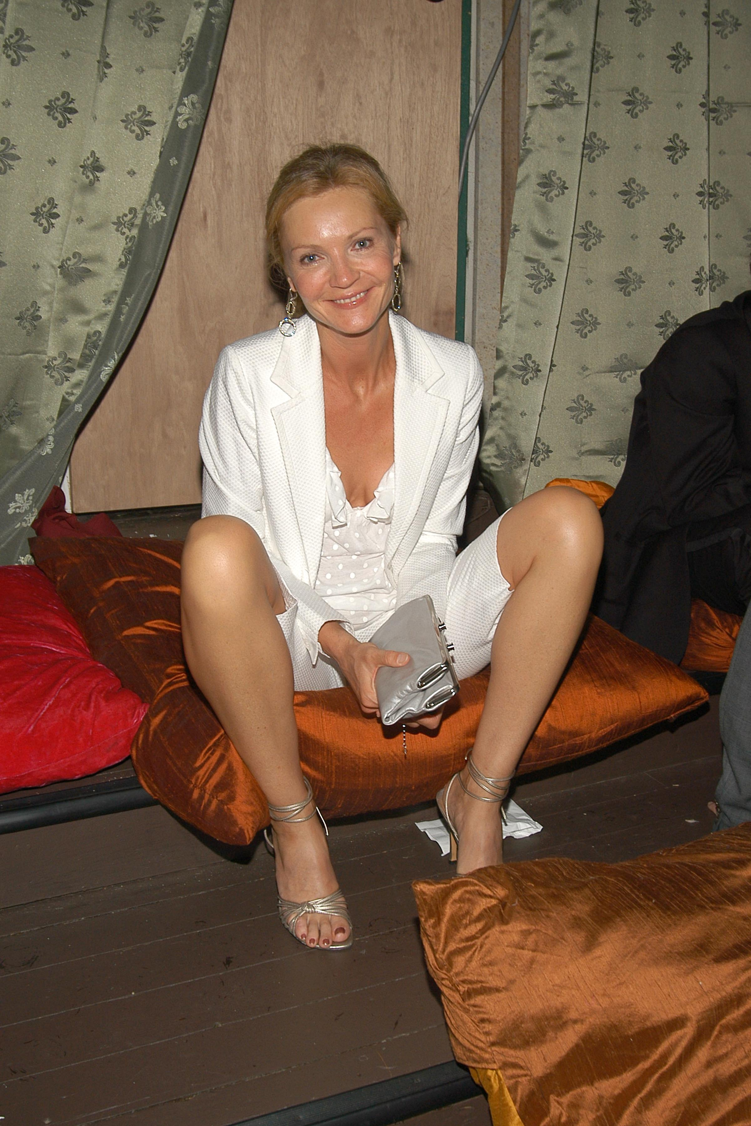joan allen's feet << wikifeet