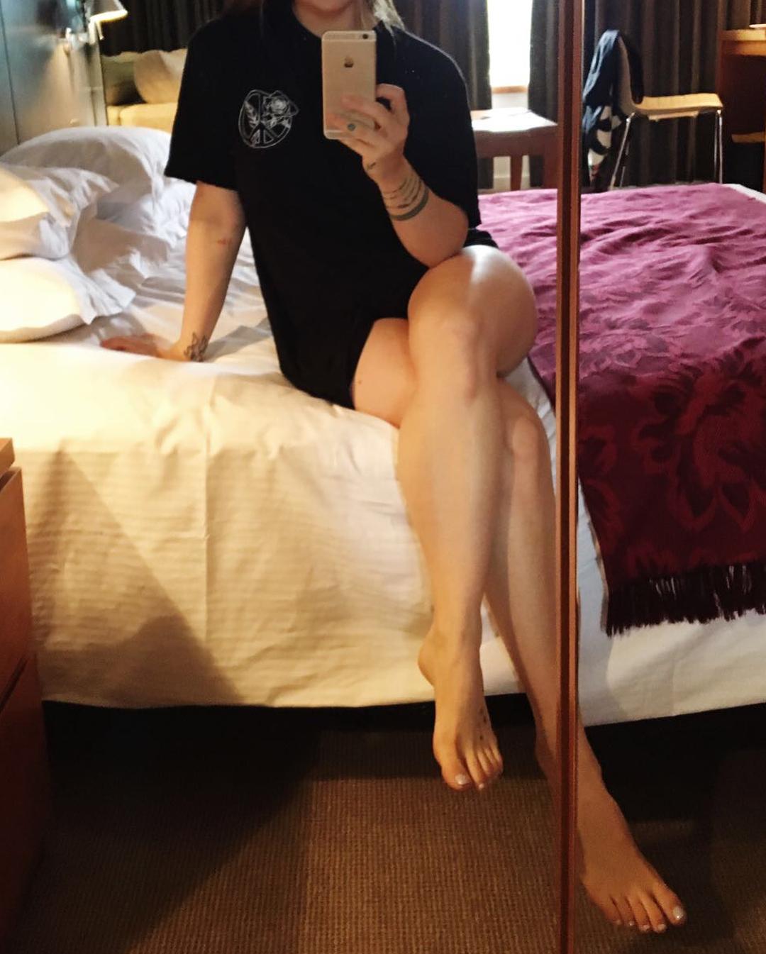 Feet Joanna JoJo Levesque nude (59 photos), Pussy, Cleavage, Selfie, cleavage 2019