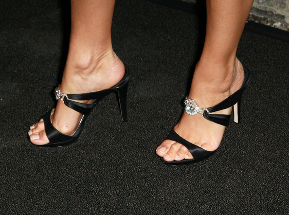 joanna krupa foot fetish jpg 1080x810