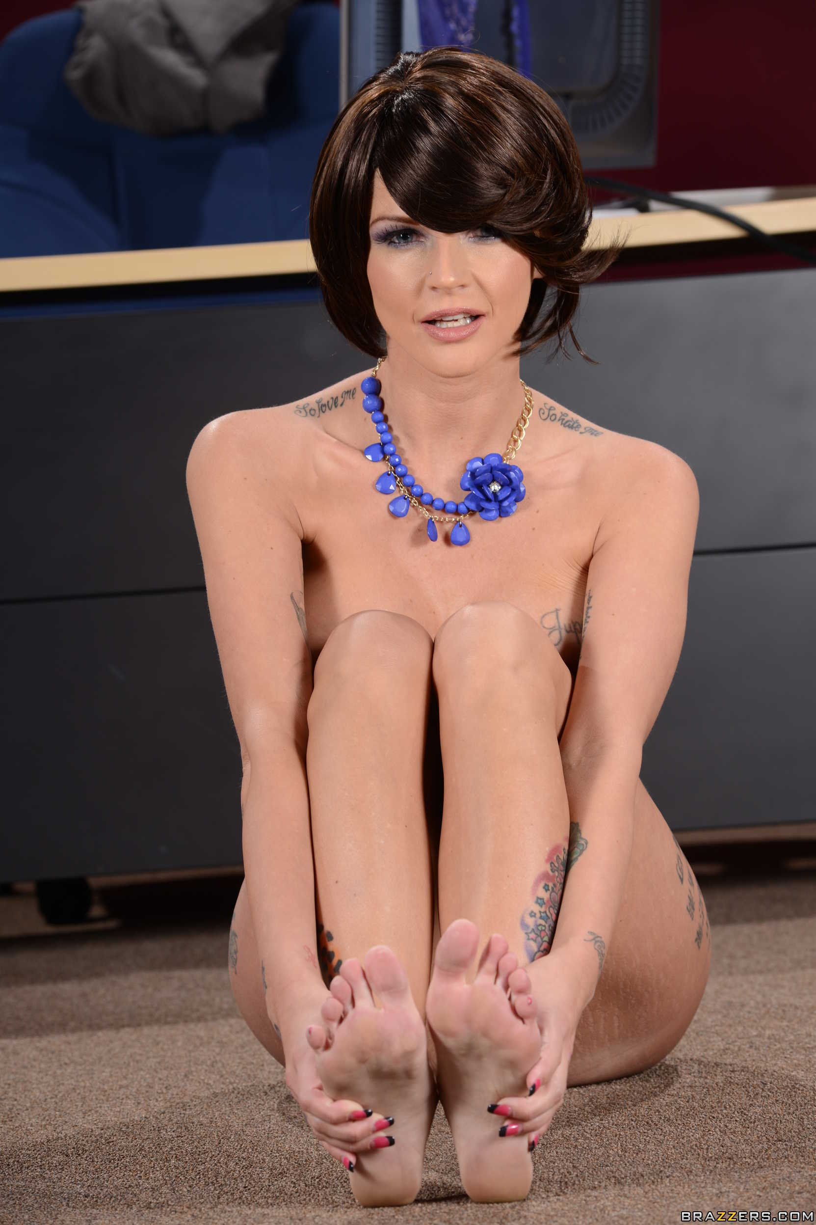 Good phrase Joslyn james feet