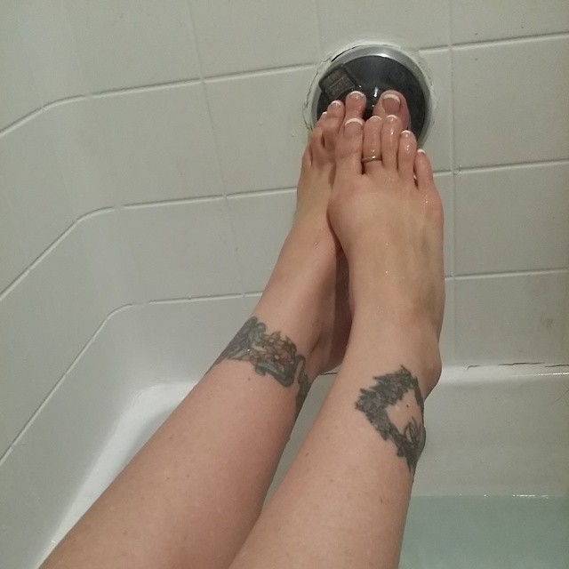 julia ann hot feet