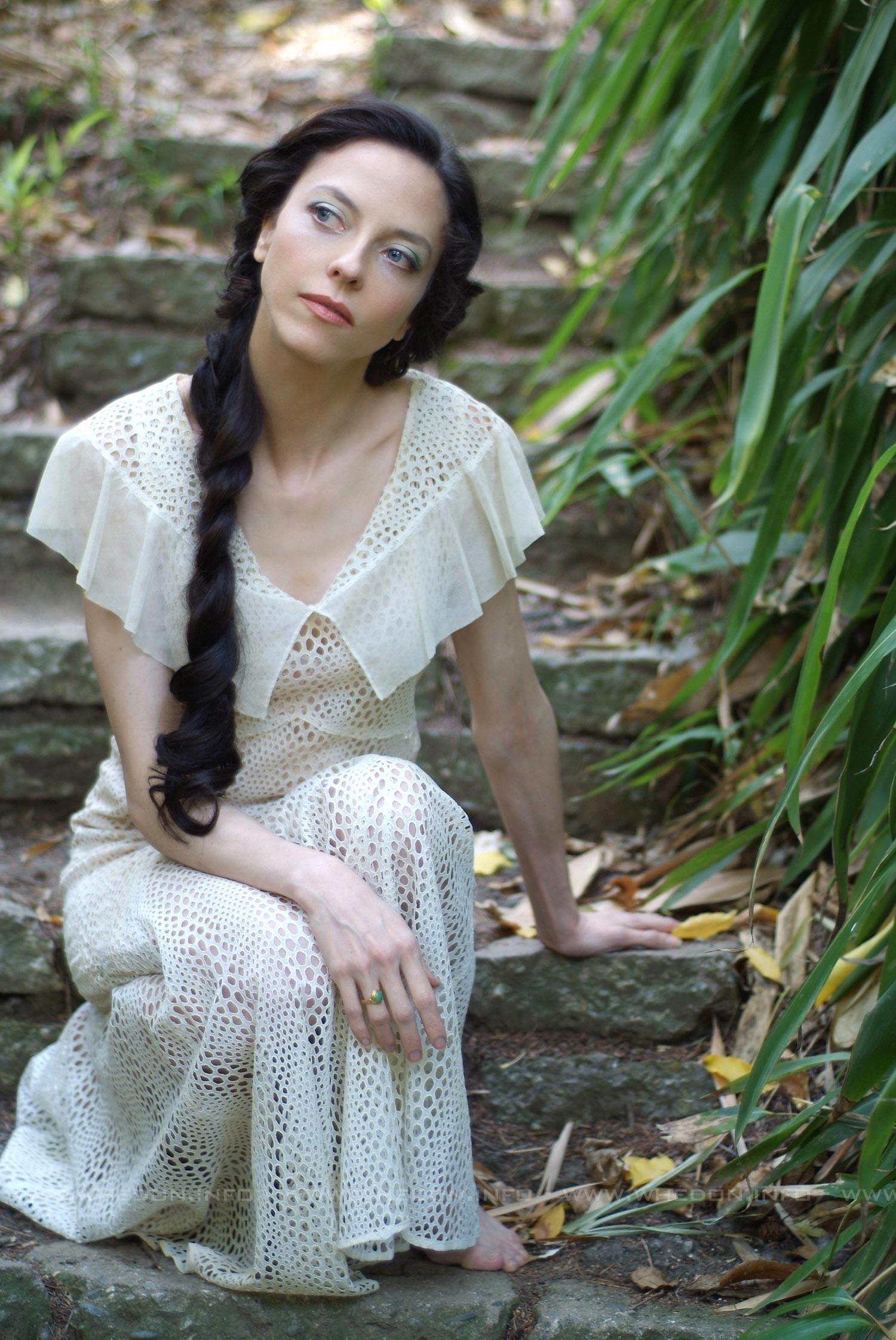 Juliet Landau S Feet