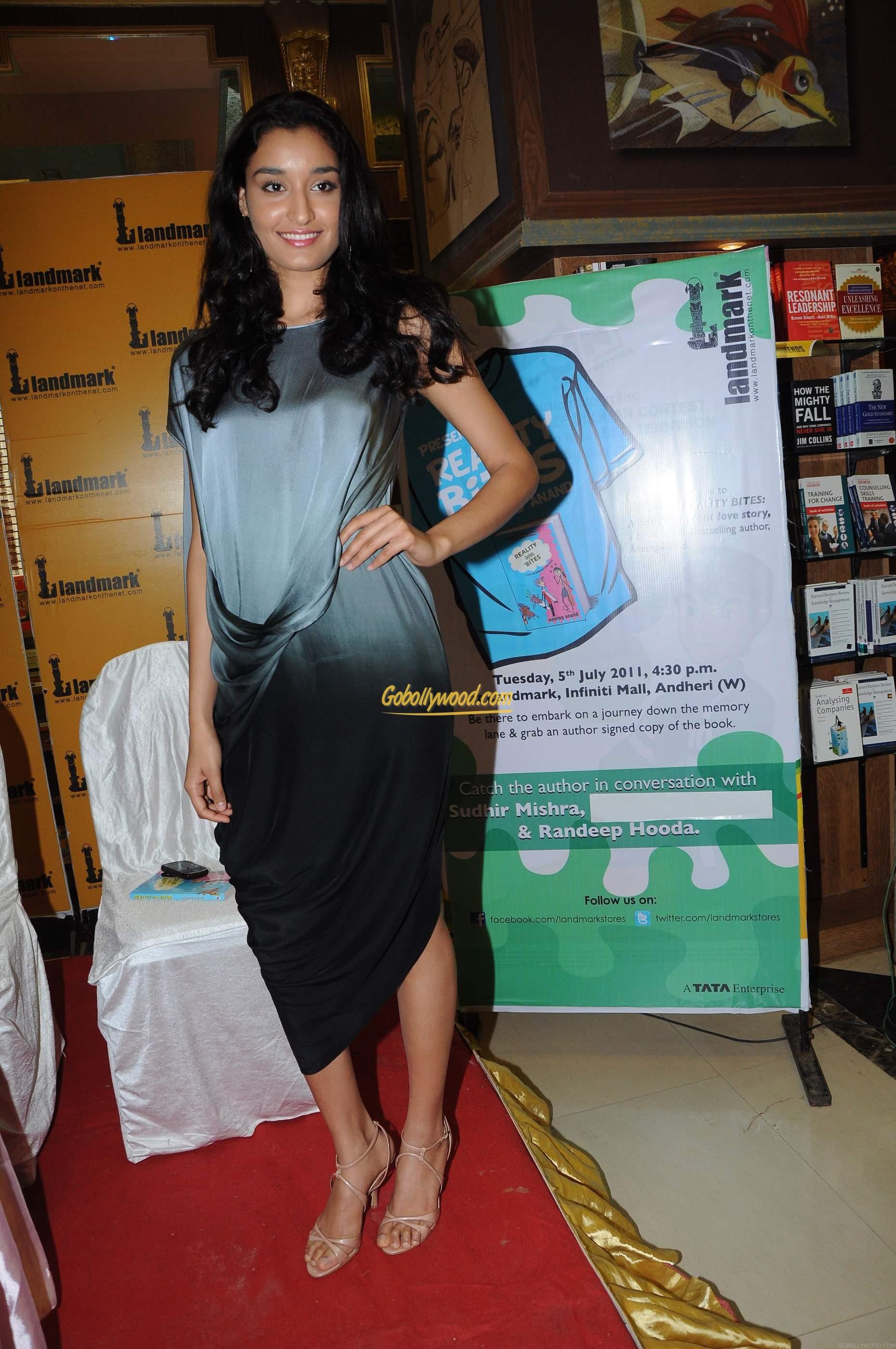 kanishtha dhankar's feet << wikifeet