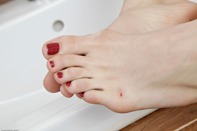 Karla Kushs Feet