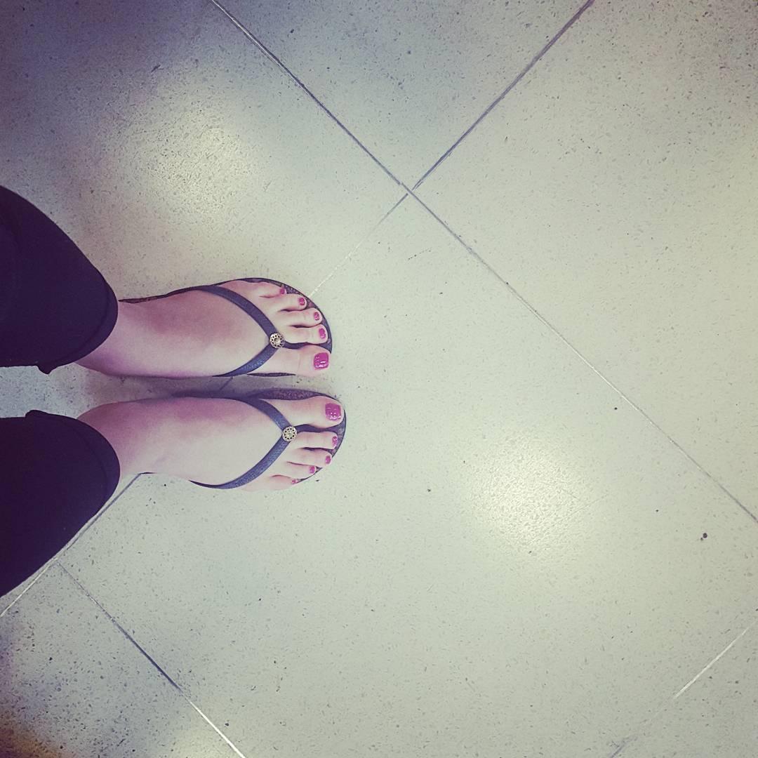 Feet Karolina Szymczak
