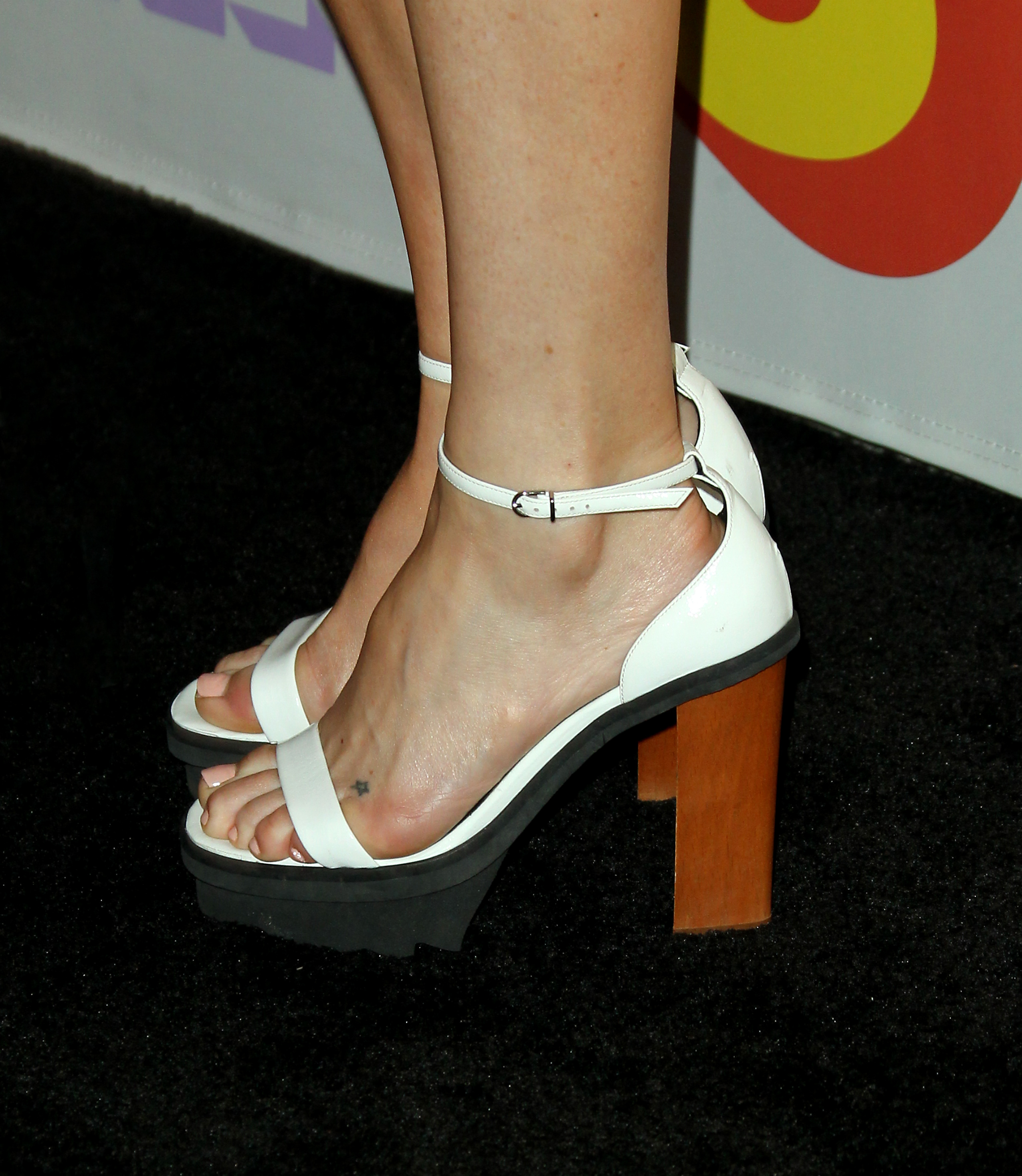 Kate Hudsons Feet Wikifeet