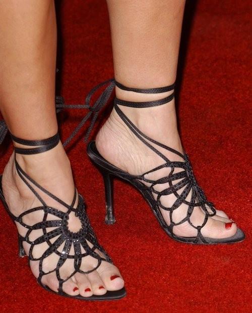 Kate del Castillo's Feet