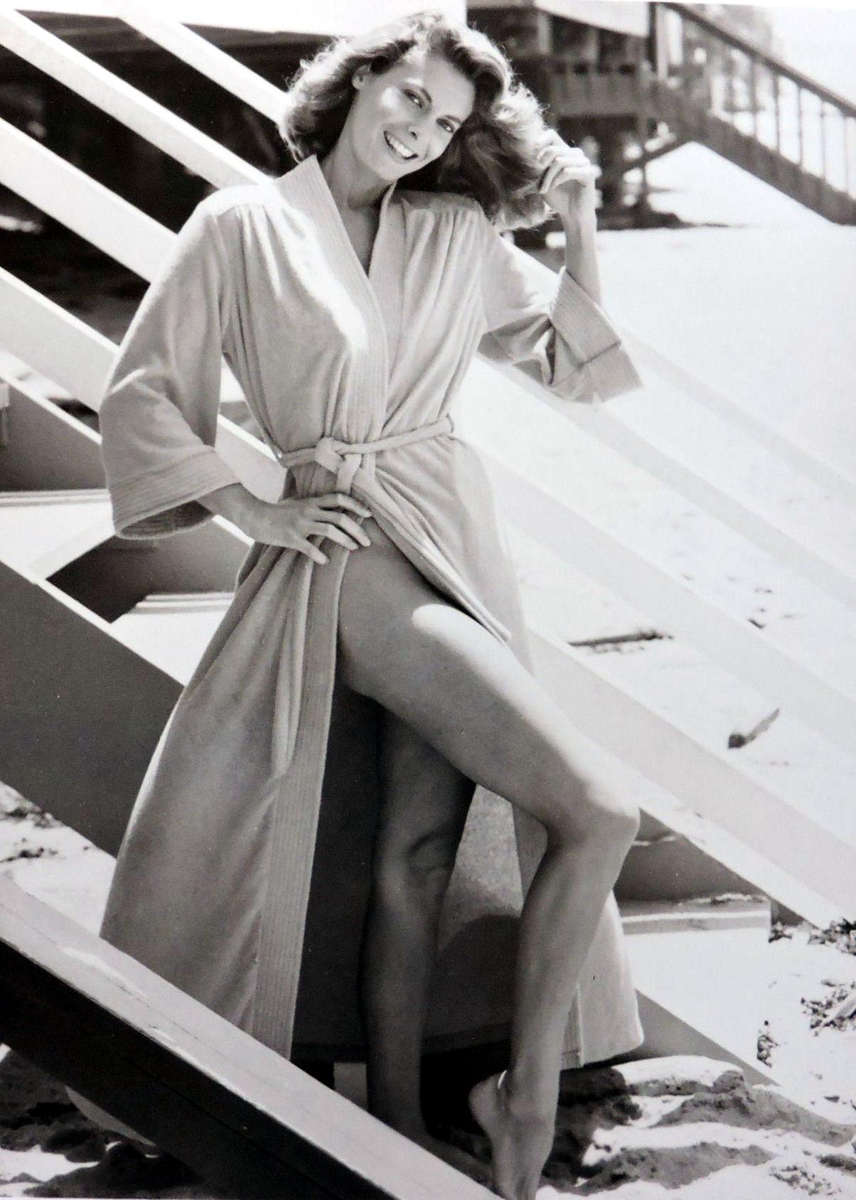 Kathryn Harrold Nude Photos 47