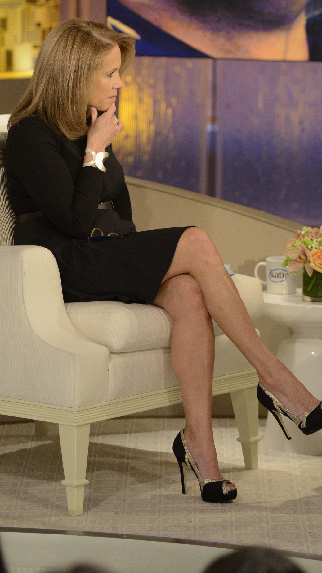 Katie couric pantyhose photo