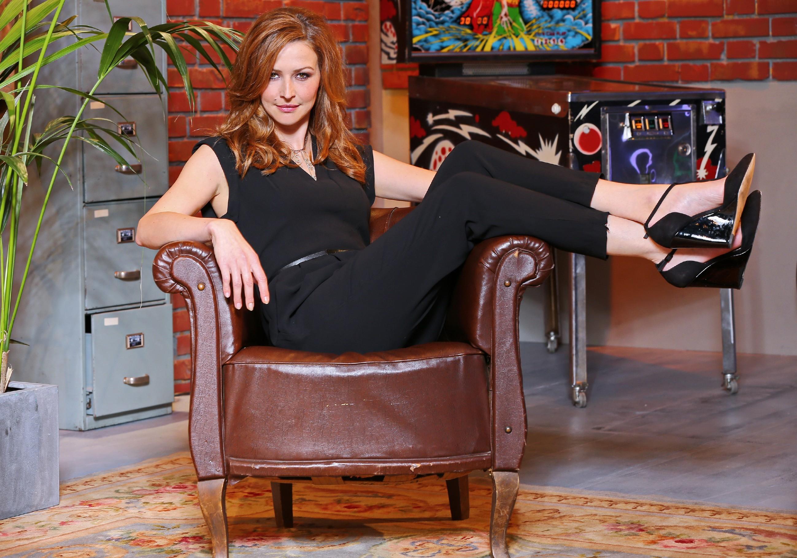 Jill Hennessy Shoe Size