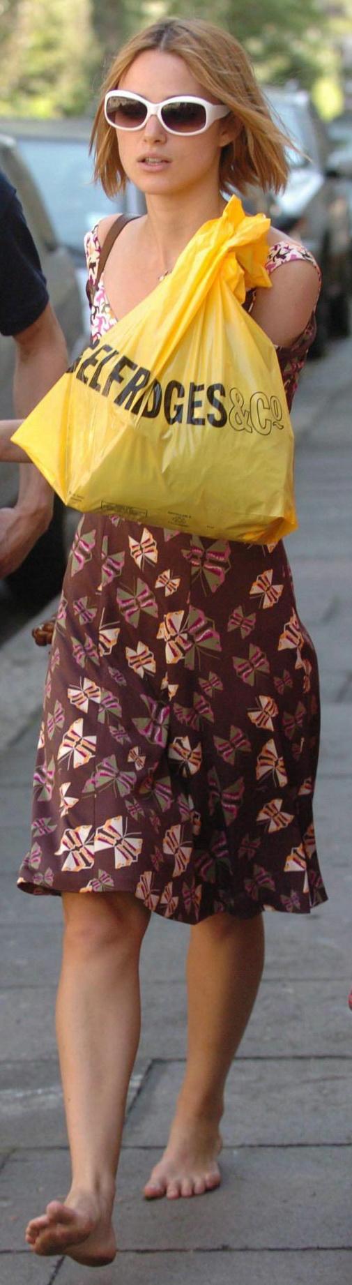 http://pics.wikifeet.com/Keira-Knightley-Feet-222173.jpg
