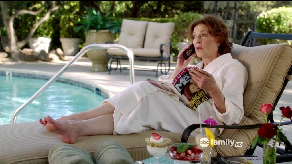 kelly bishop susan sarandon