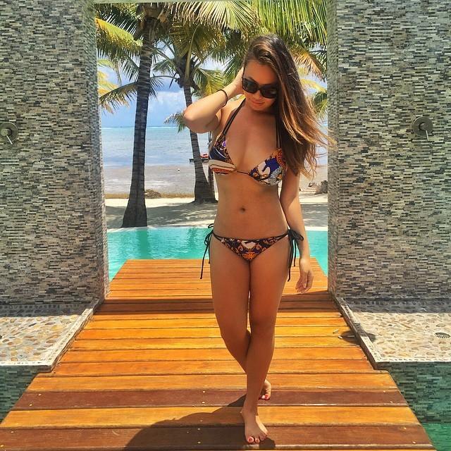 Kelly Mi Li  nackt