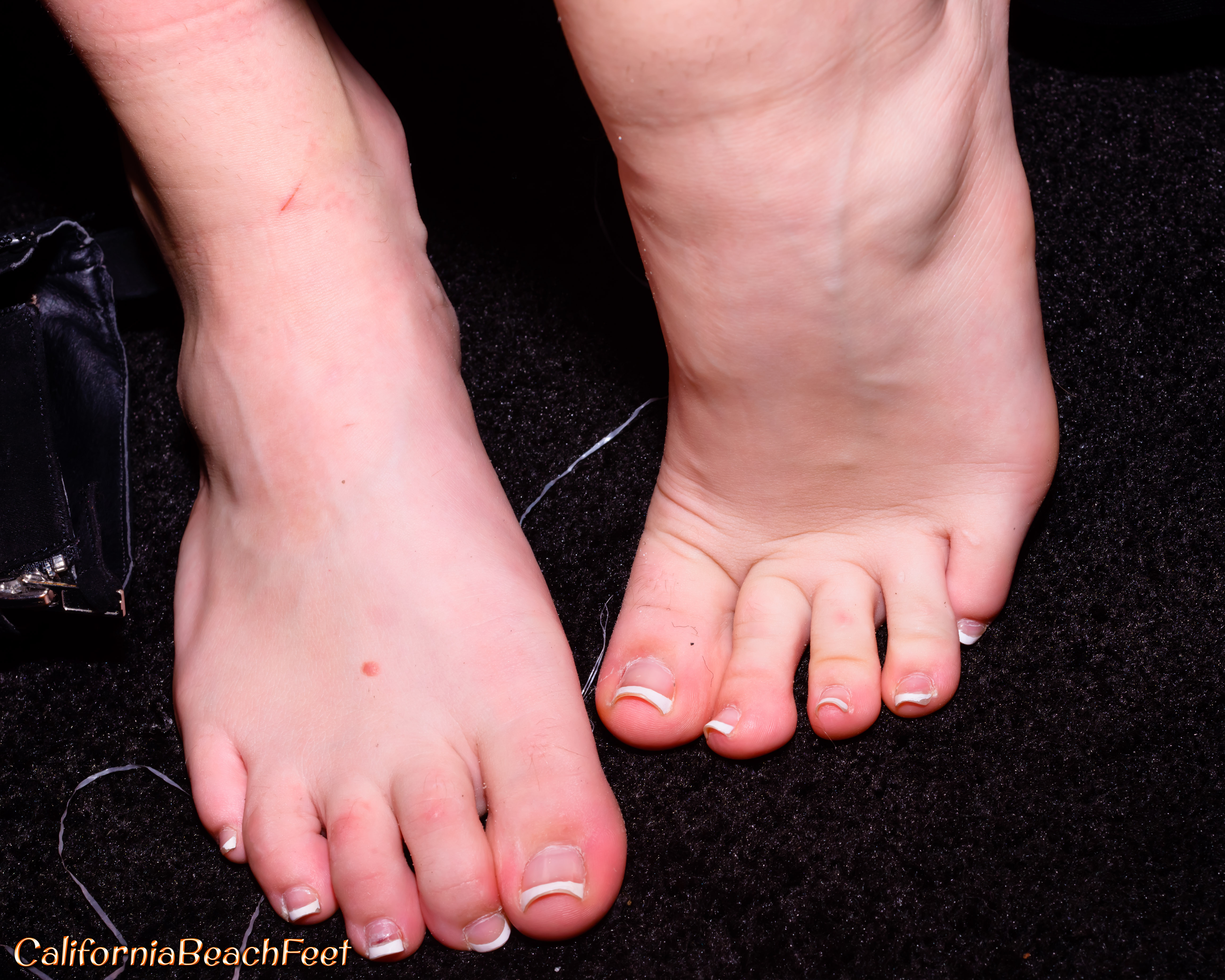 Kendra Sunderlands Feet