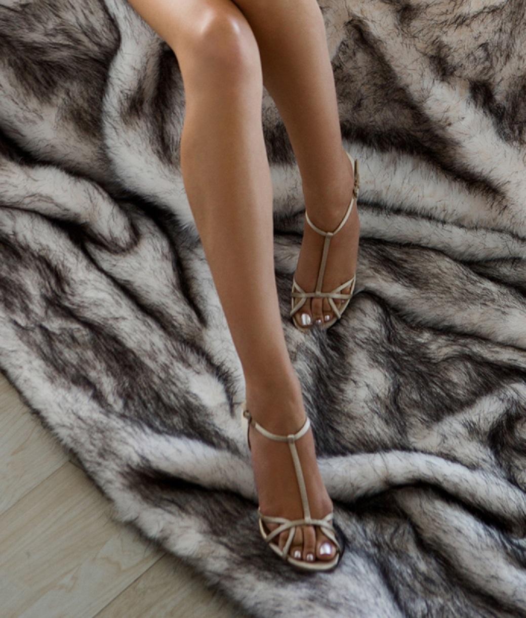 Feet Kennedy Summers