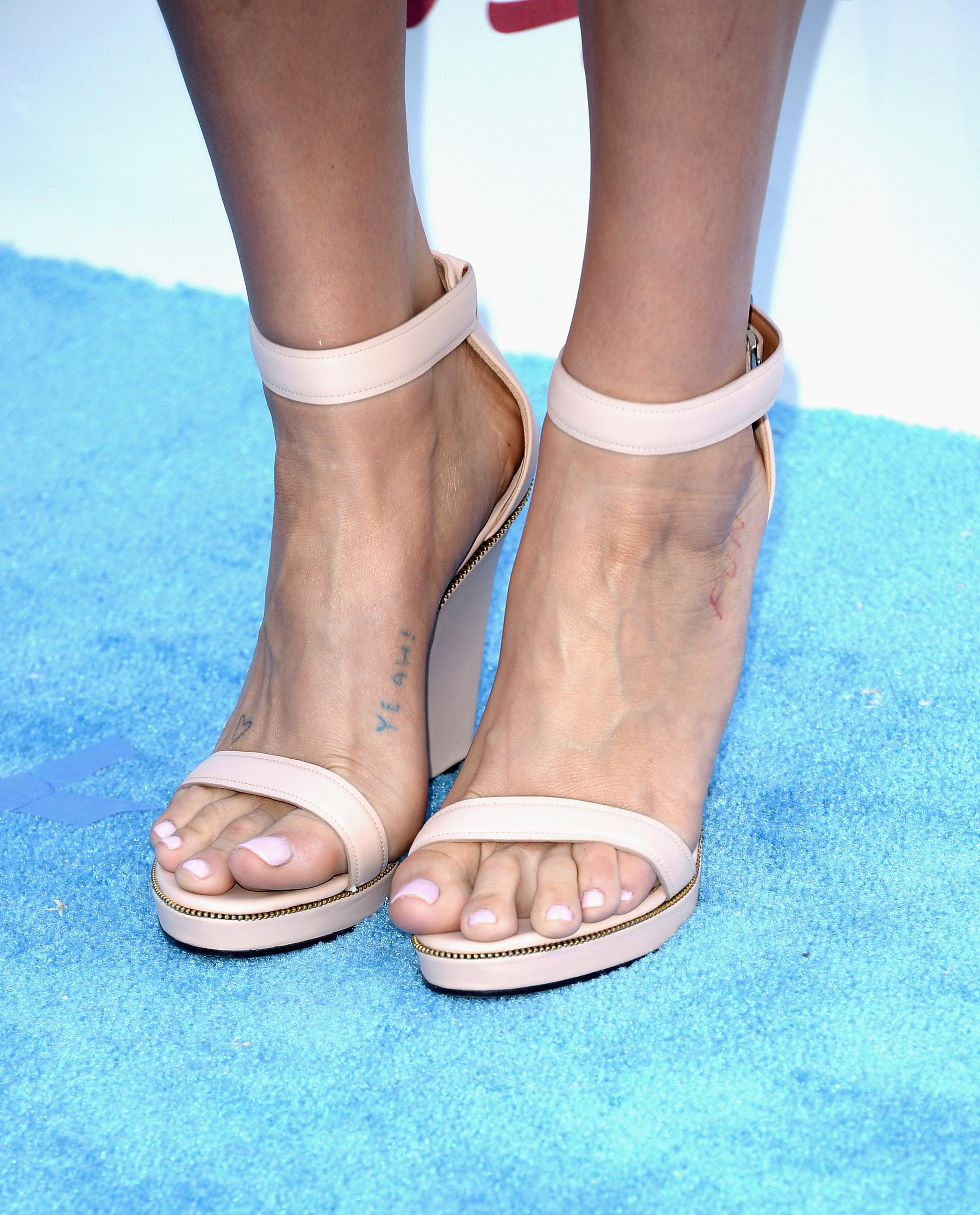 Kesha's Feet