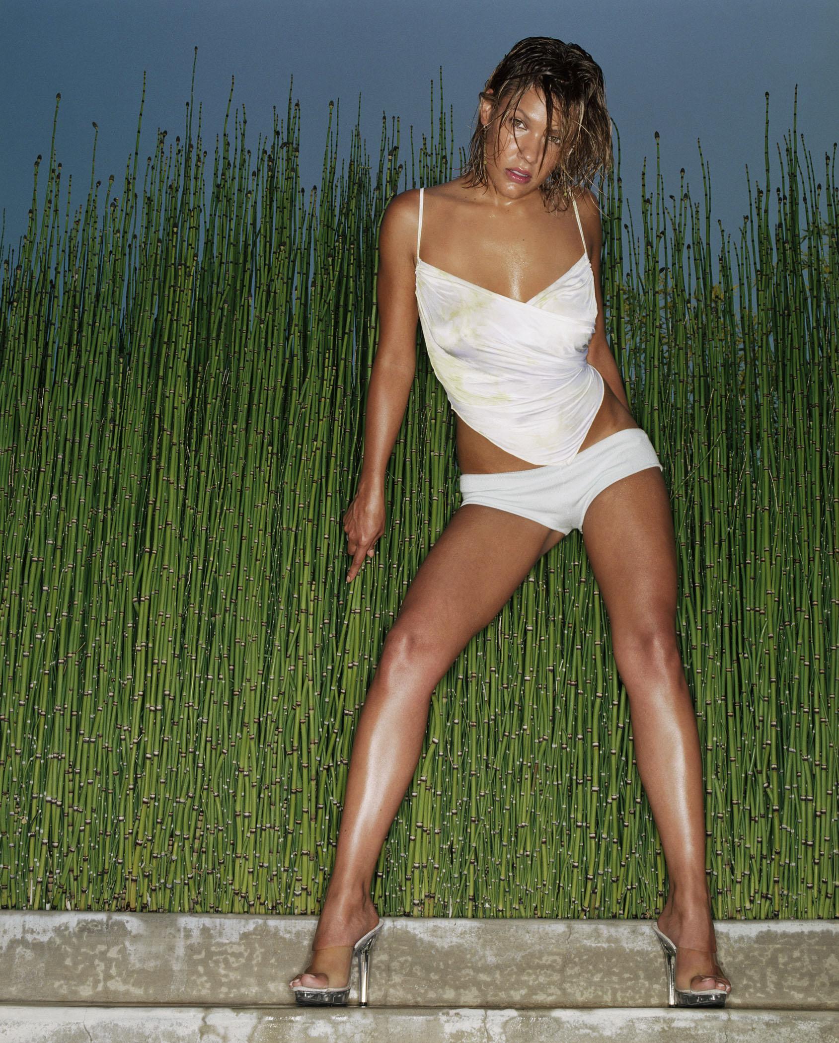 Bikini kiele sanchez