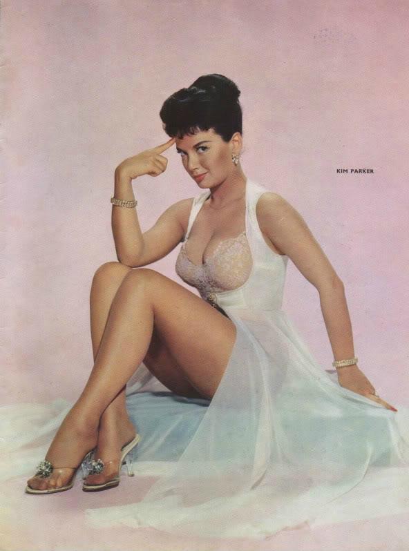 Kim-Parker-Feet-2071992.jpg