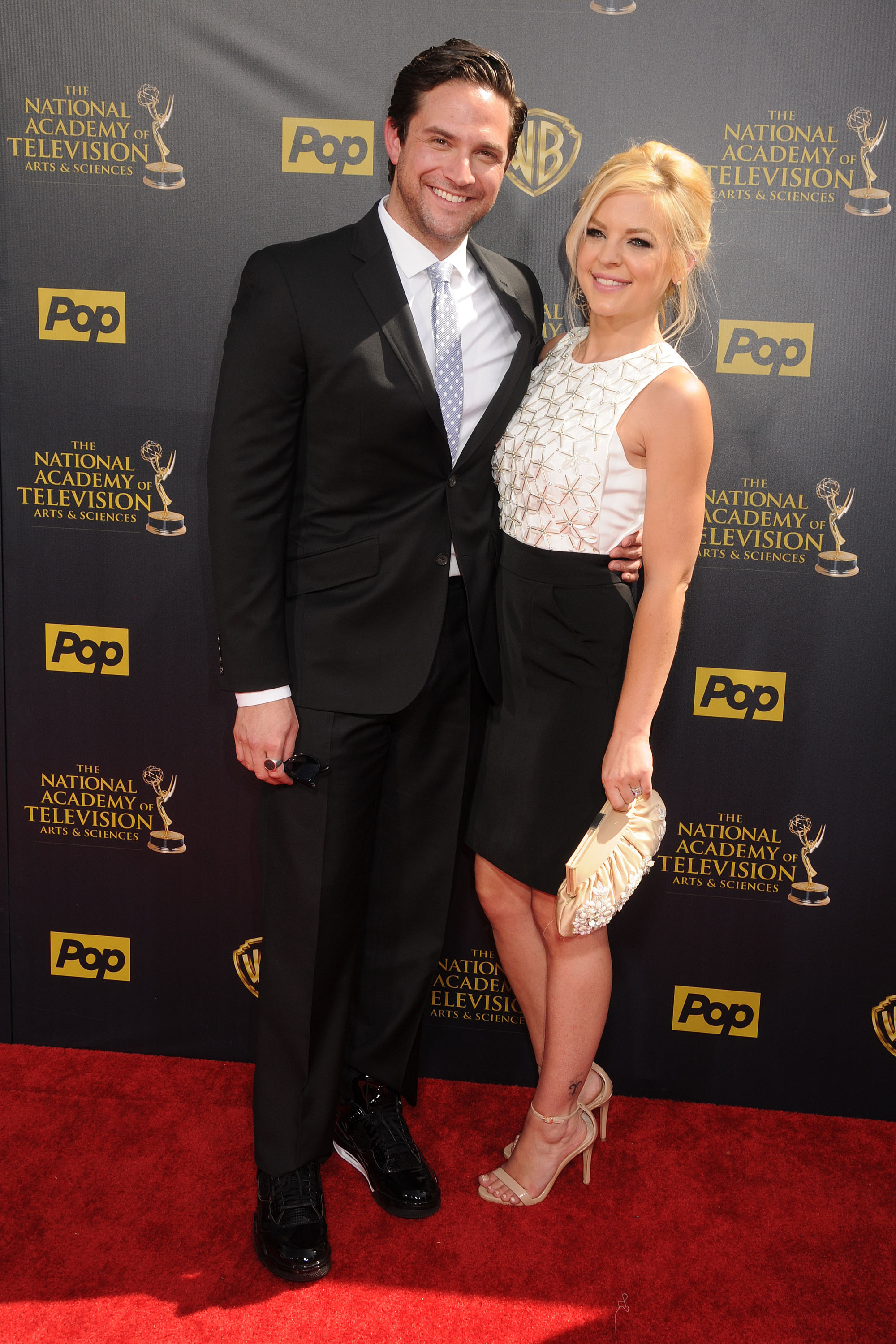 general hospital actors dating in real life Jason thompson is my friend in real life,  no one would wear that in a hospital, especially dating a surgeon  coming up on general hospital, ava.