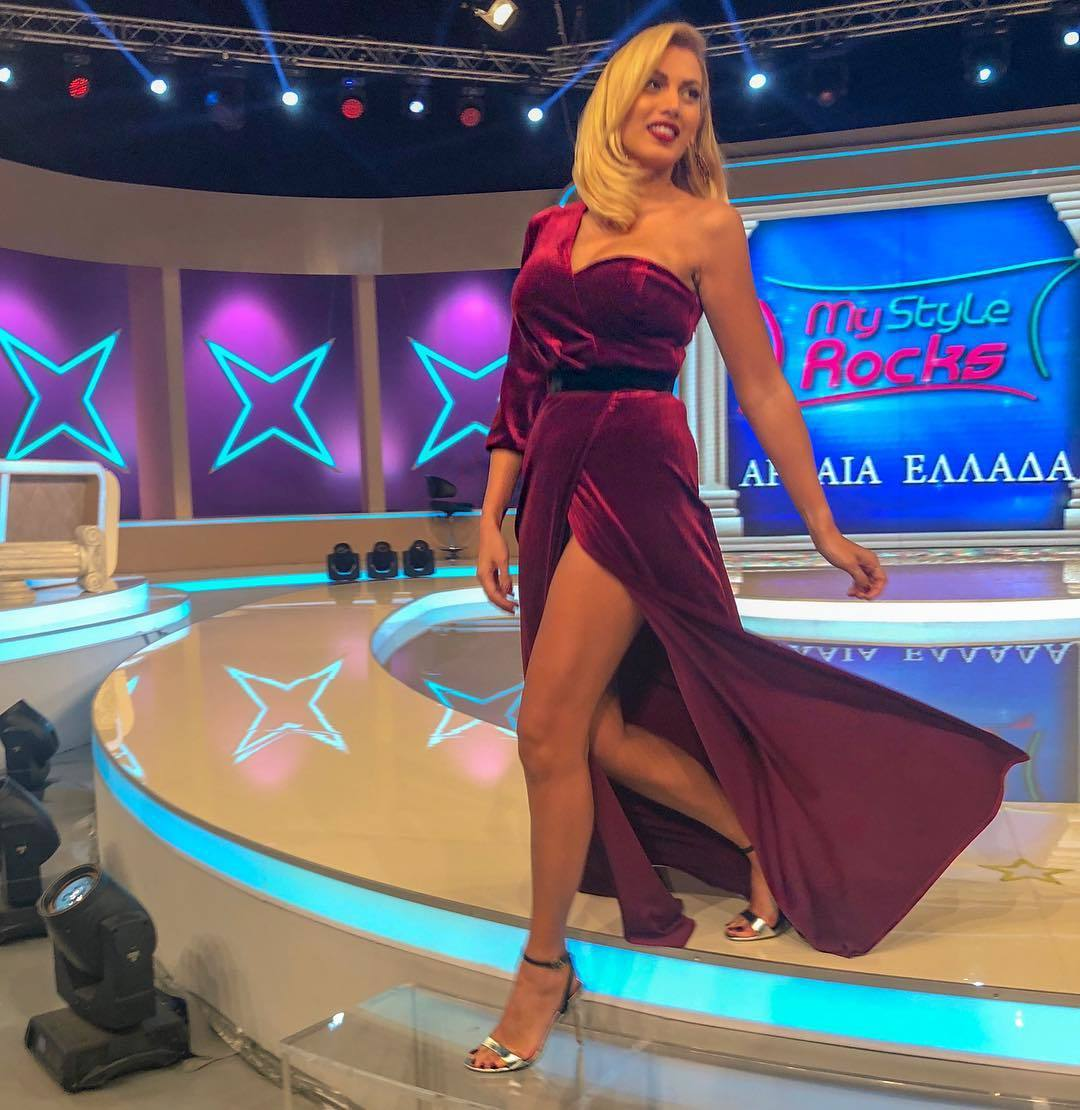 Video Andrea Hrncirova nude (94 images), Topless
