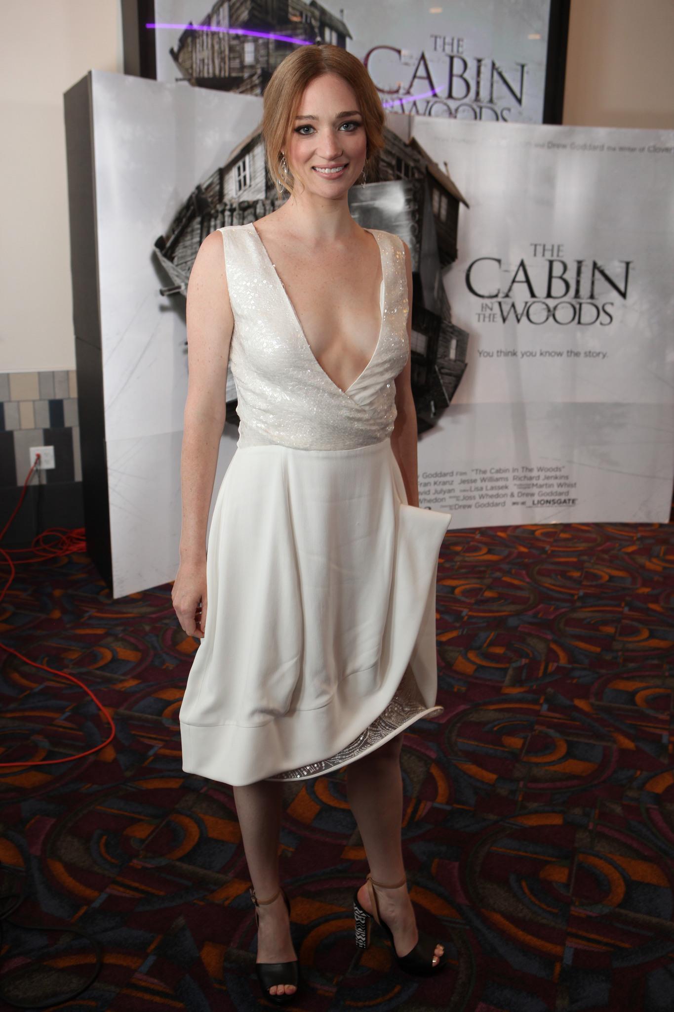 Kristen Connollys Feet