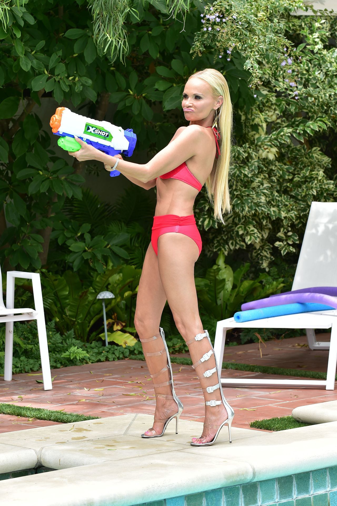 Chenoweth sexy kristin Kristin Chenoweth