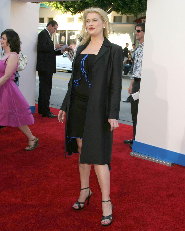 Jackie Swanson Images kristy swanson's feet << wikifeet