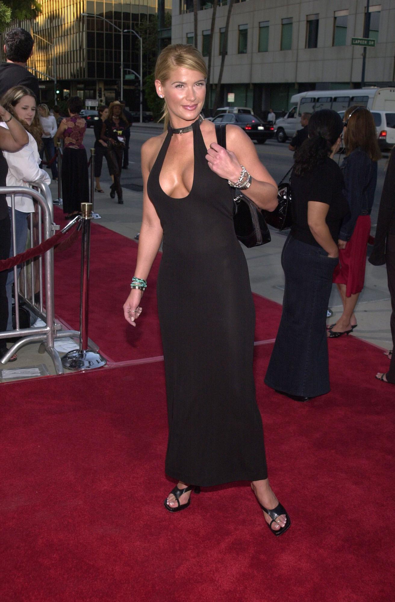 Movie Star Fashion: Weight Watchers |Kristy Swanson Weight Gain