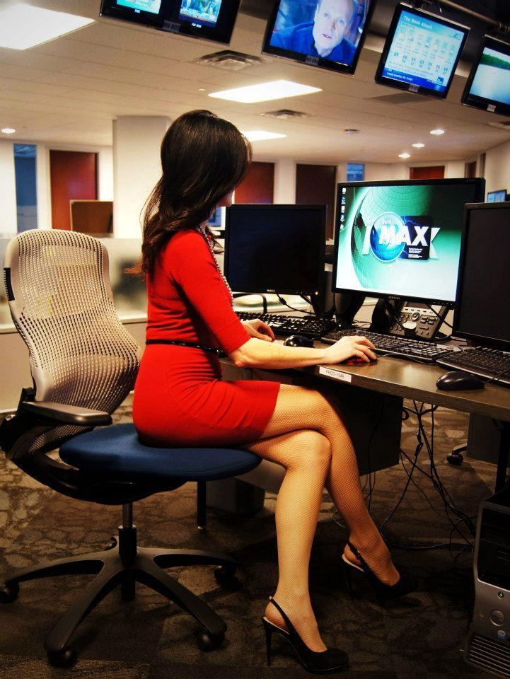 Weather Channel Kyla Grogan Legs