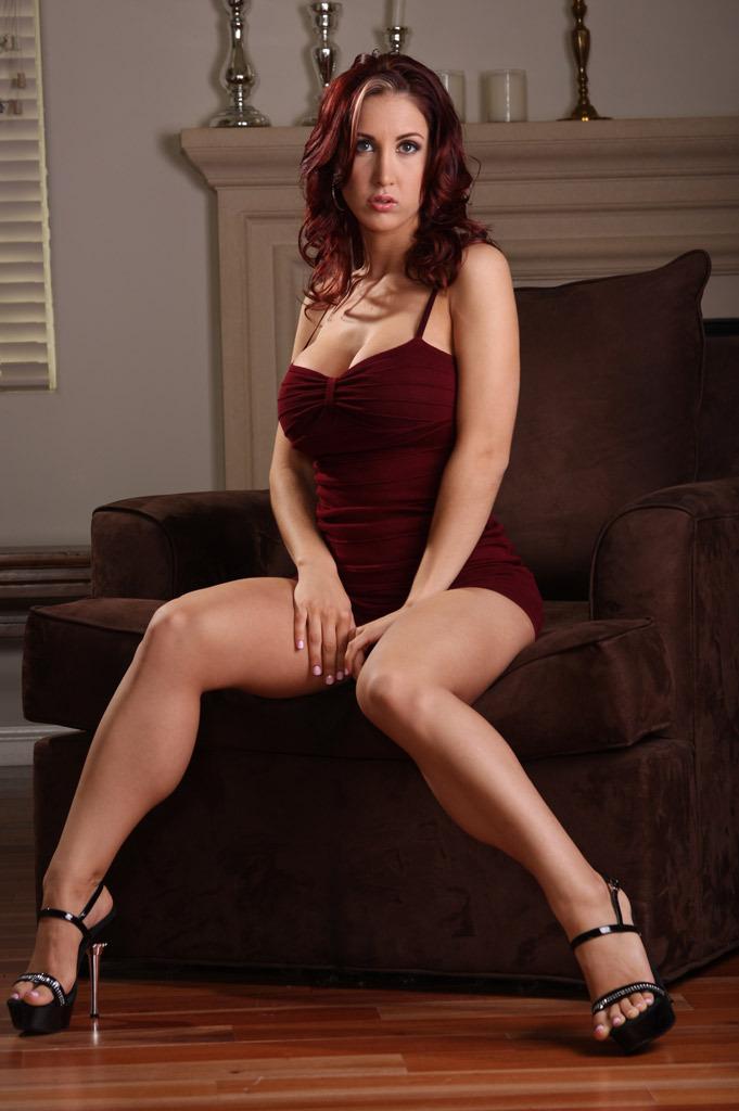Busty wife Kylee Strutt strips to feel her sweet spread pussy  1171897