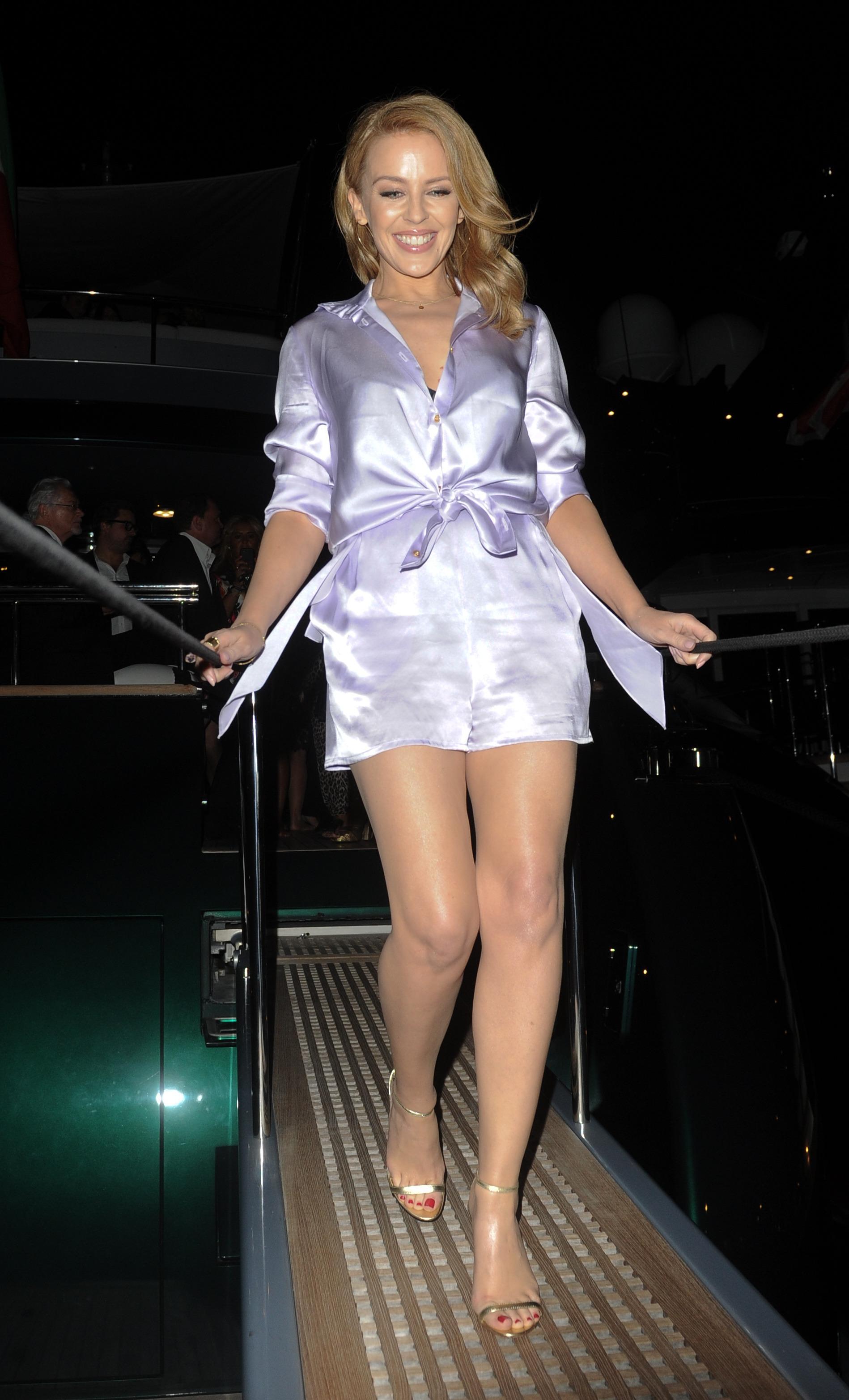 Kylie X Jordyn Collection Gloss: 1898 X 3128 Id. 1337132