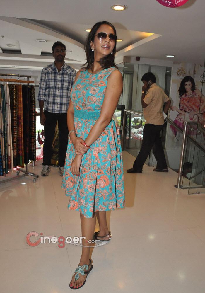 Topless Feet Lakshmi Manchu  nude (97 fotos), Facebook, underwear