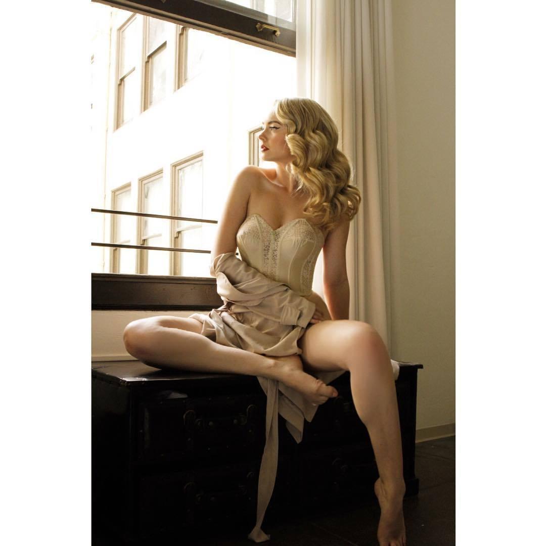 Jana Brejchova,Jenna Von Oy born May 2, 1977 (age 41) Porn pics Carmelita Geraghty,Candida Royalle