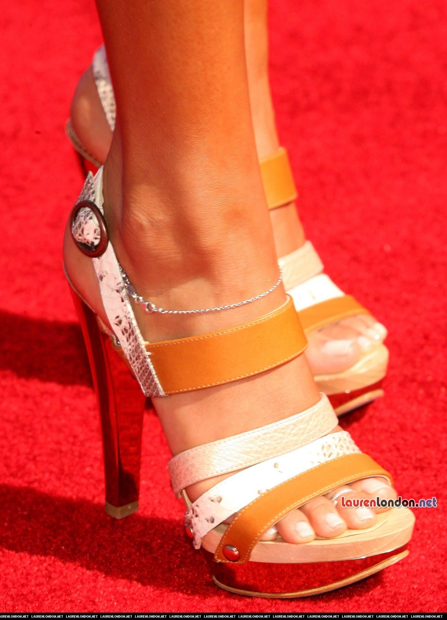 Lauren London's Feet