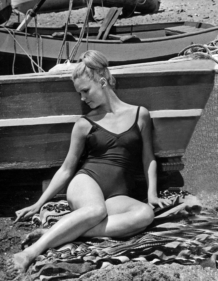 Consider, Lee remick body nude