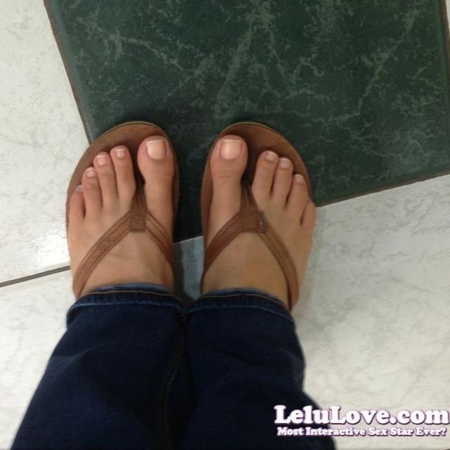 Lelu feet