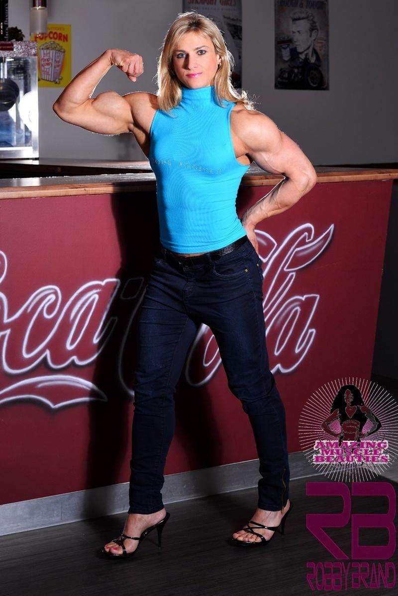 Vanessa Staylon