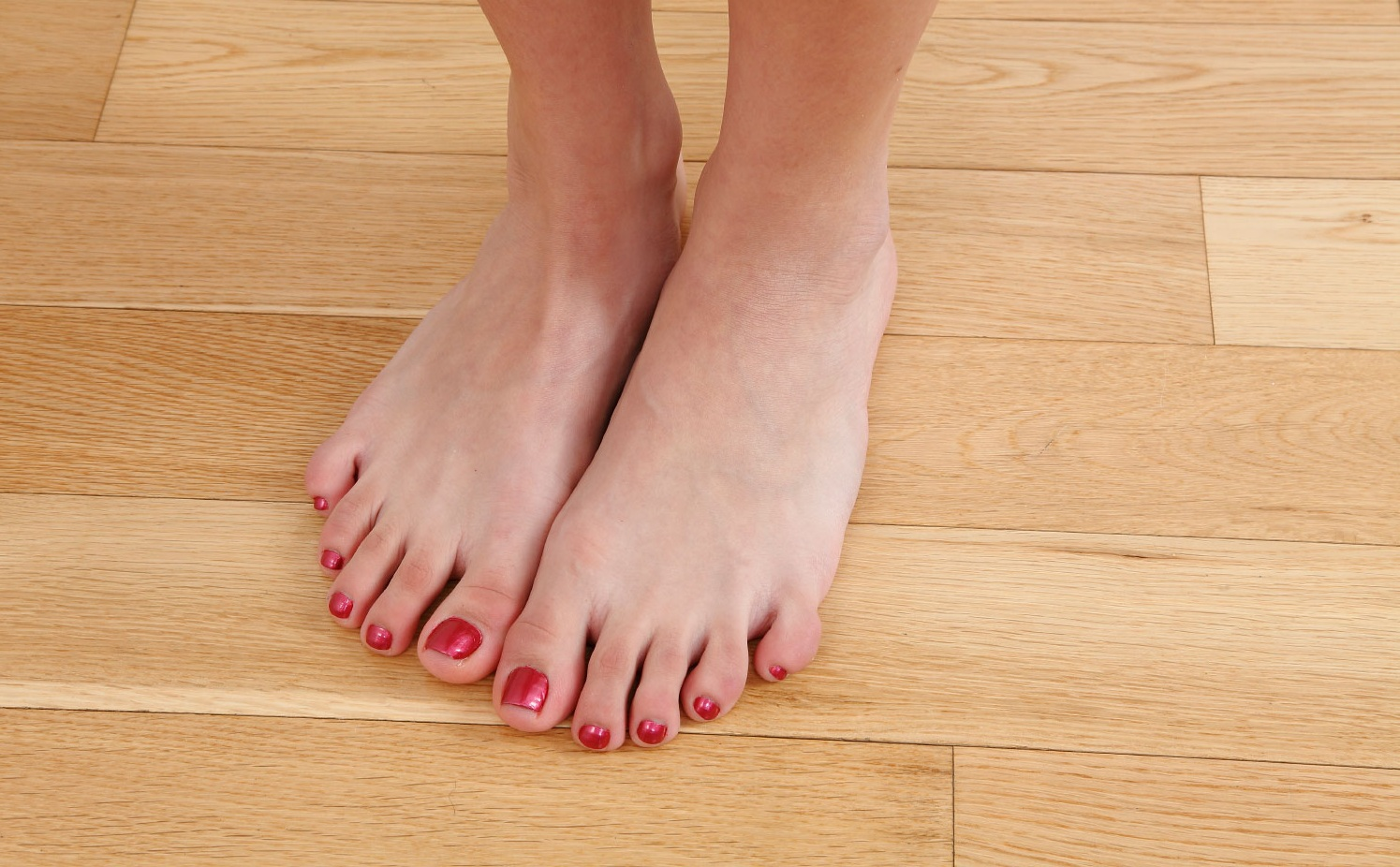Lexi Bloom's Feet