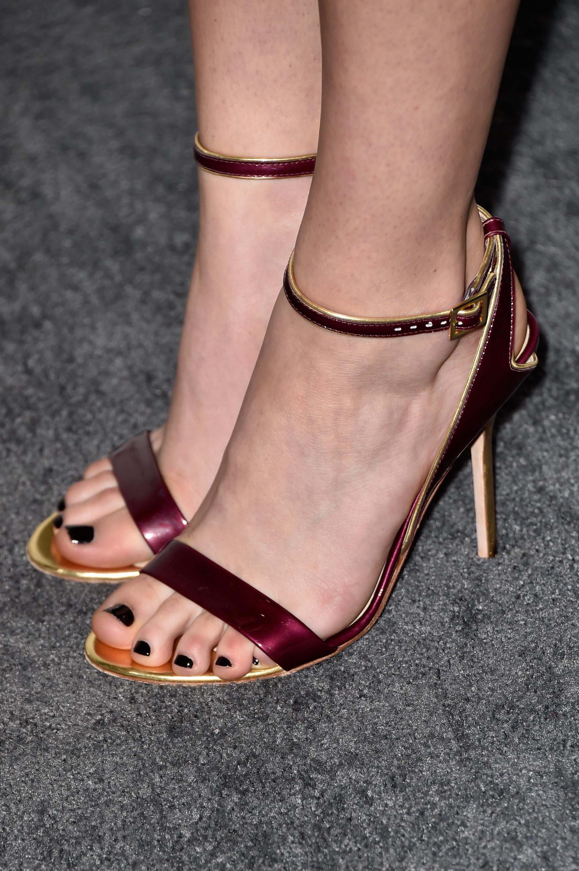 Liana Liberato's Feet