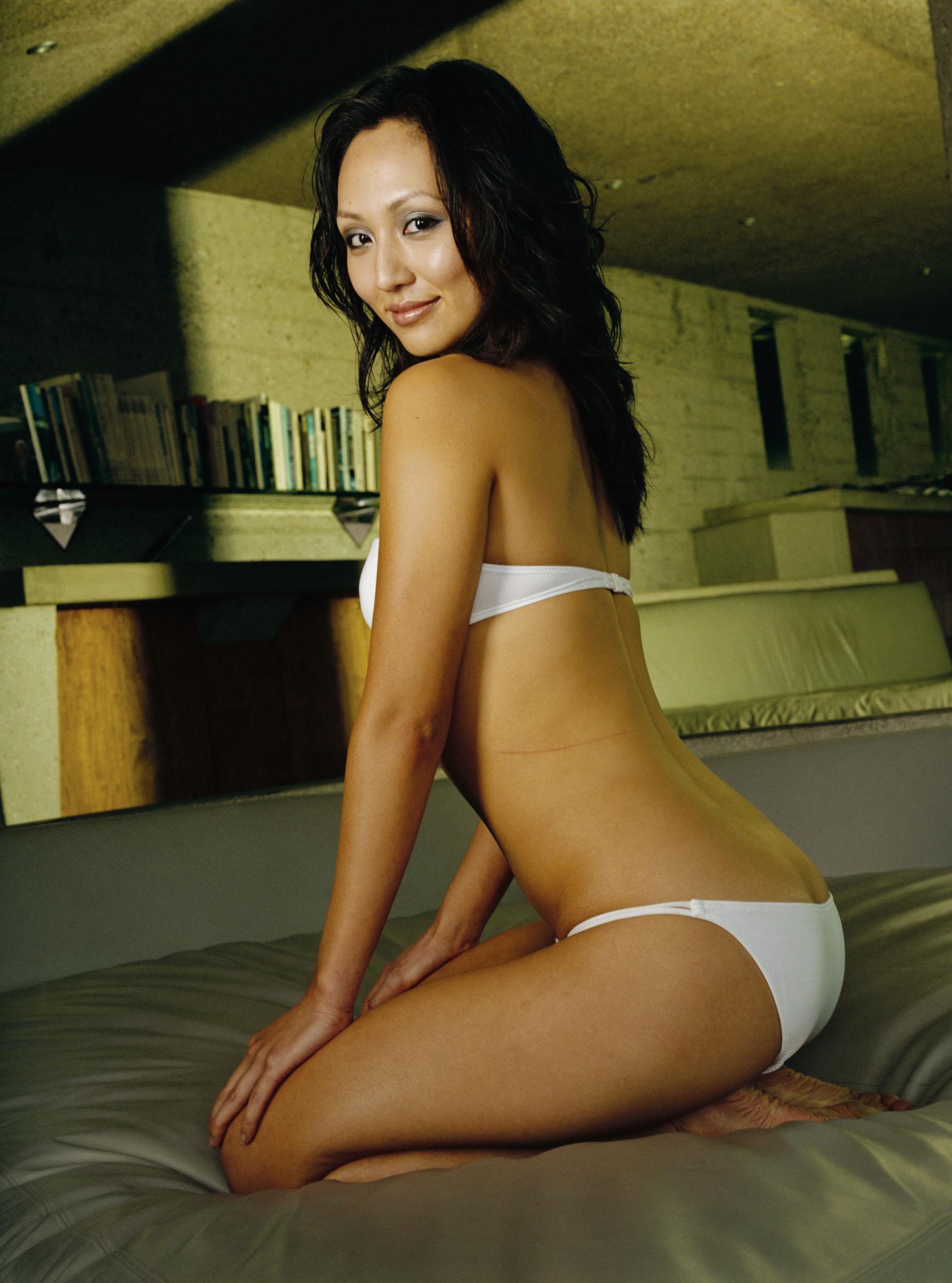 Amy Acker Nackt beth's modeling agency card, from beth fan page | radio gunk