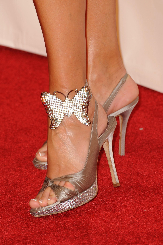Linda Thompsons Feet-3547