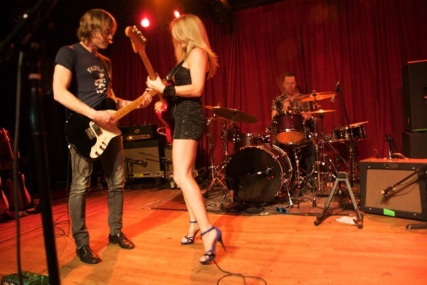41 Hot & Sexy Pictures Of Liz Phair | CBG