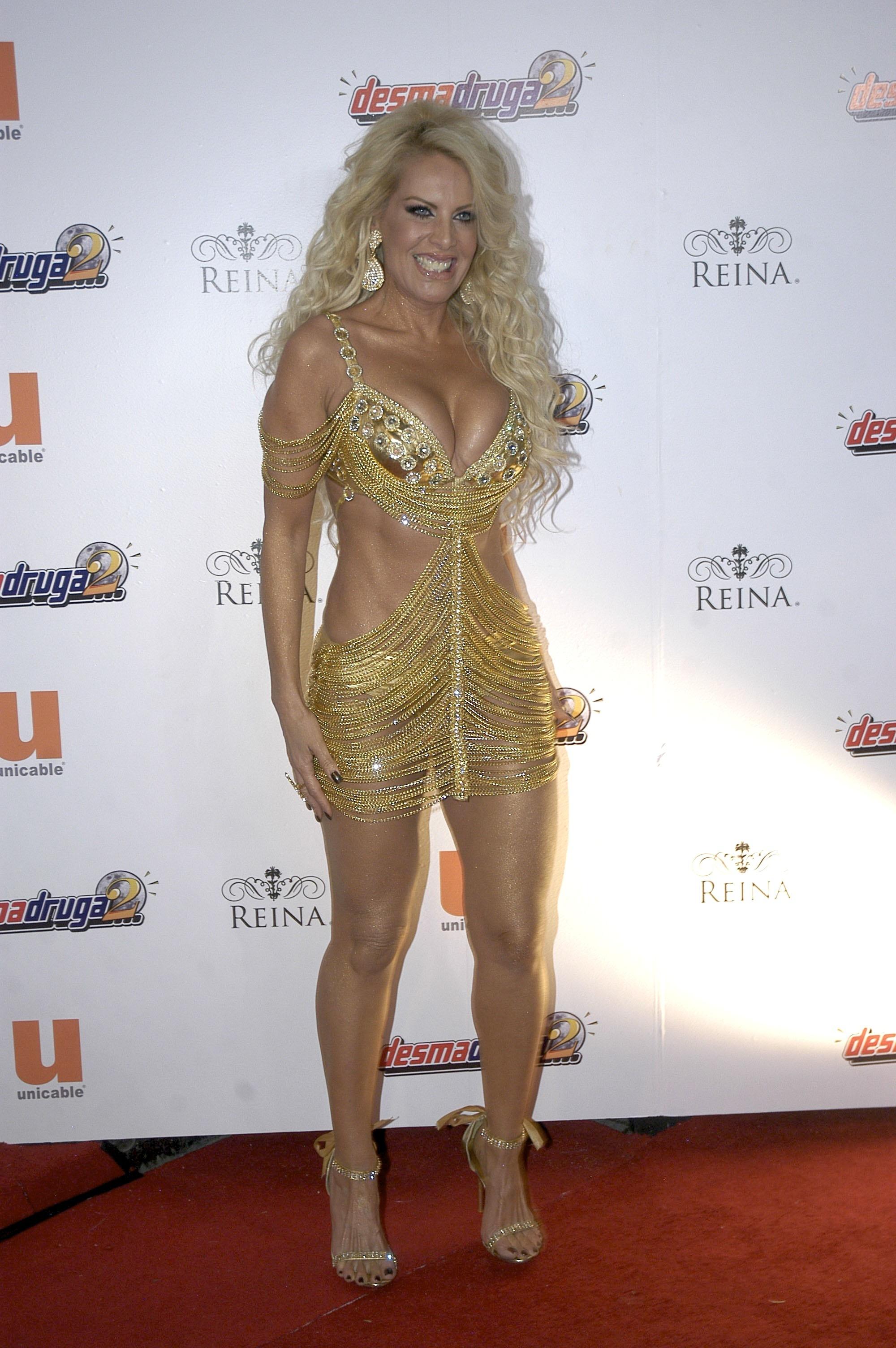 Cleavage Hot Lorena Herrera  nude (39 foto), iCloud, butt