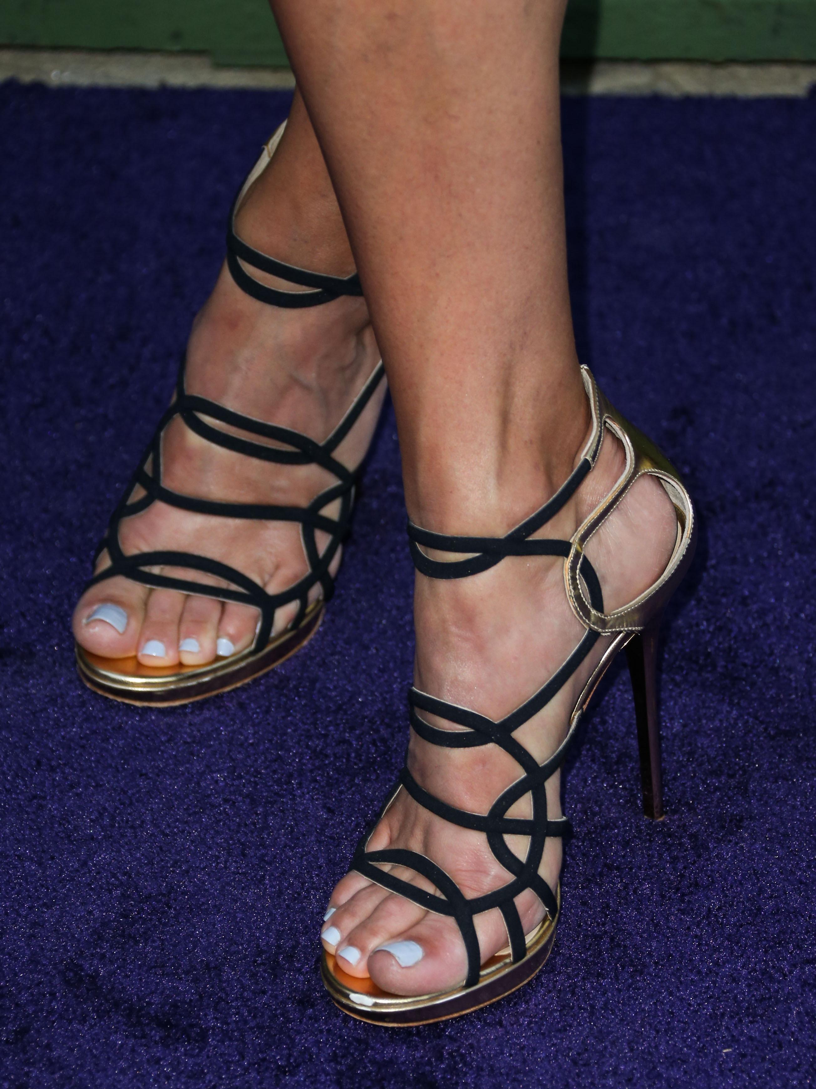 Lori loughlin sexy pic