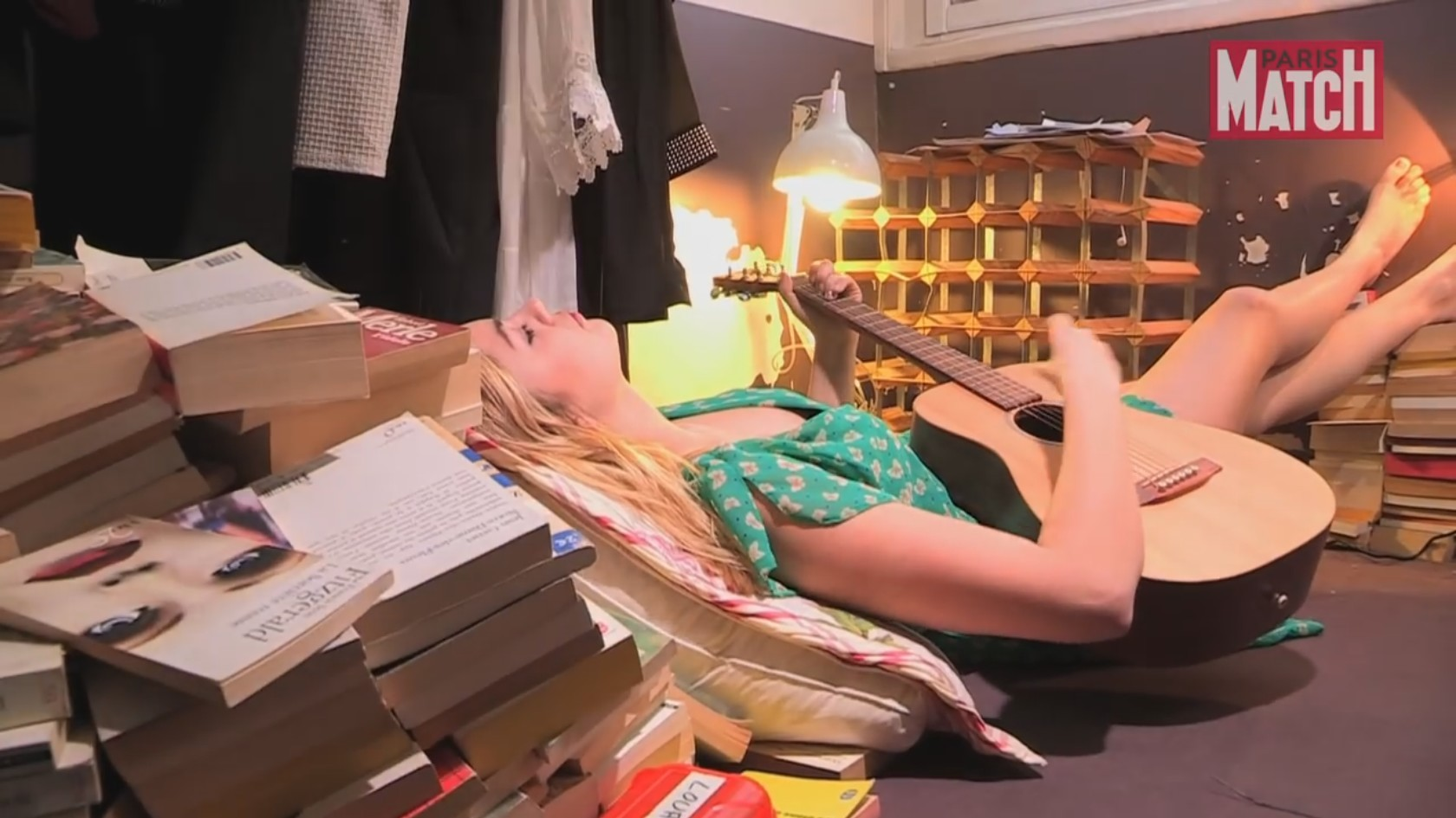 Feet Louane Emera nudes (57 photos), Tits, Paparazzi, Boobs, swimsuit 2006